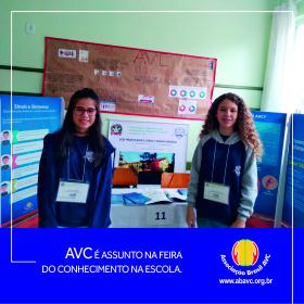 AVC é assunto na feira do conhecimento na escola.